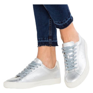 VEJA Leather Sneakers Silver Size 6